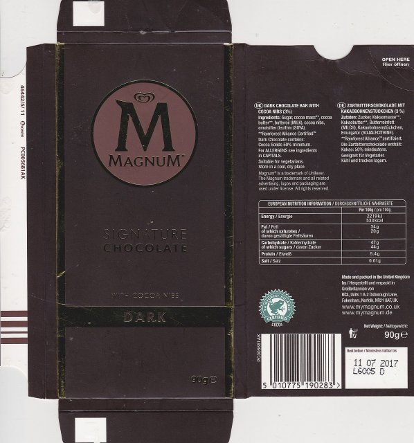 Magnum dark with cocoa nibs